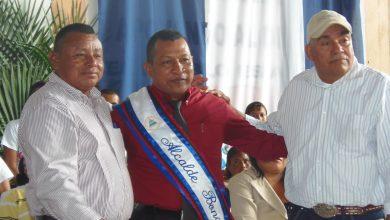 El alcalde bonanceño Alexander Alvarado durante su envestidura para su segundo periodo en enero del 2013.