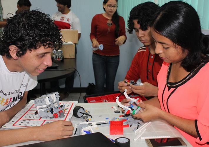 Se fortalece la robótica educativa en Nicaragua