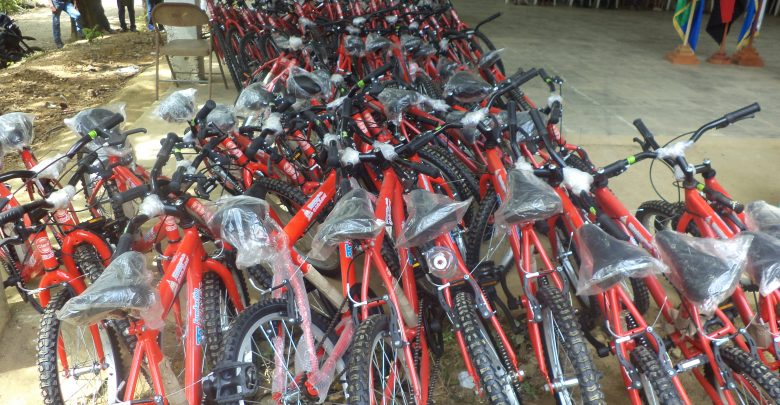 En el Caribe Norte fueron entregadas un total de 644 bicicletas, de ellas 231 en Puerto Cabezas y 413 en los municipios del Triángulo Minero.