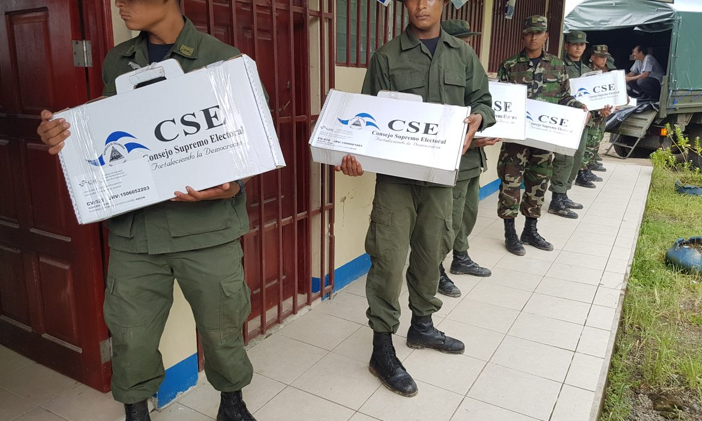 Material fue resguardado por miembros del Ejército de Nicaragua.