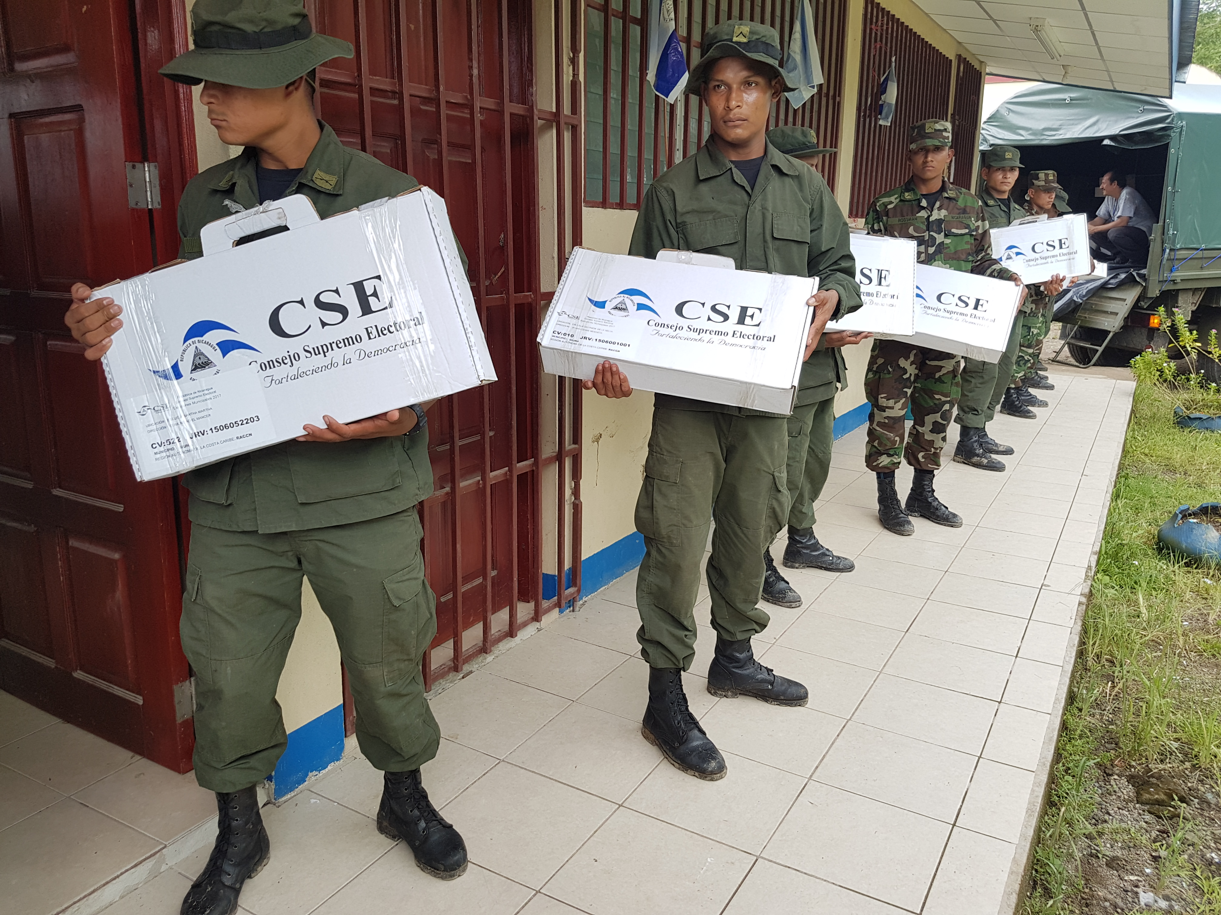 Policía Nacional reforzará seguridad por la campaña electoral de las elecciones regionales
