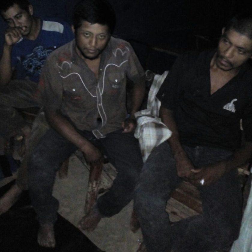 En total se encuentran retenidos 8 colonos en Musawas.