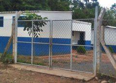 Cierran centro escolar en El Salvador para exigir la destitución de docentes